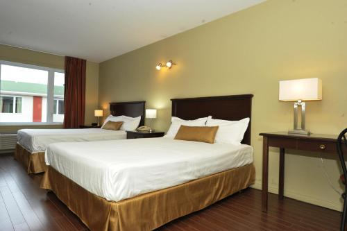 Hotel Le Voyageur - Photo 7 of 26