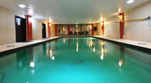 Hotel Le Voyageur - Photo 8 of 26