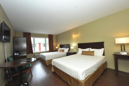 Hotel Le Voyageur - Photo 6 of 26