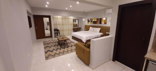 Hotel Nakhil Inn Residence