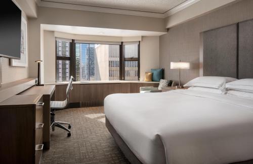 Hilton Seattle - Seattle, WA WA 98101-2304