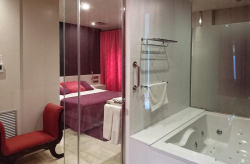 Double Premier - single occupancy RVHotels Hotel Palau Lo Mirador 1