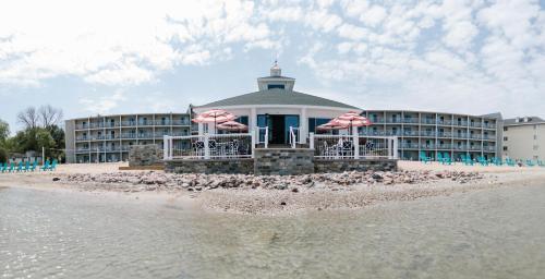 . Breakers Resort - Lakeside
