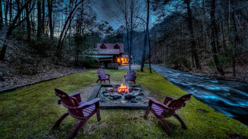 Go With The Flow by Escape to Blue Ridge - Hotel - Ellijay