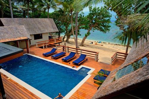 . Coral Cove Beach Villas