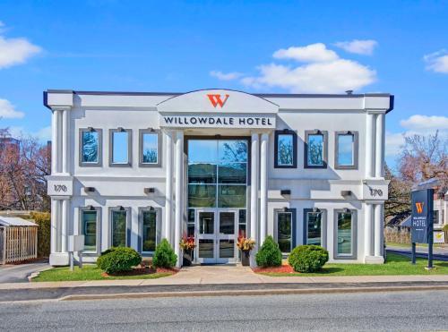 The Willowdale Hotel Toronto North York