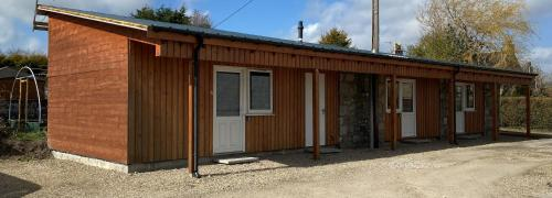 Ivy Cottage-Serviced accommodation - Dyce