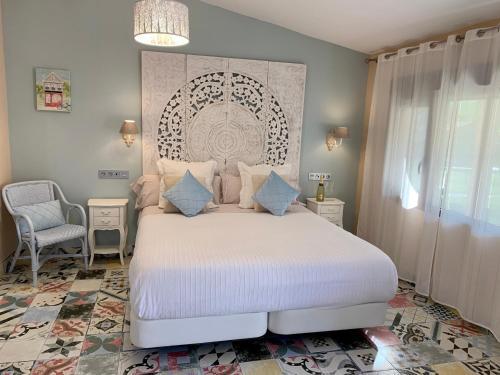 Suite Deluxe con bañera de hidromasaje Palacio Torre de Ruesga 10