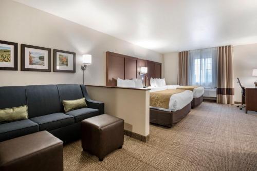 Comfort Suites at Par 4 Resort - Hotel - Waupaca