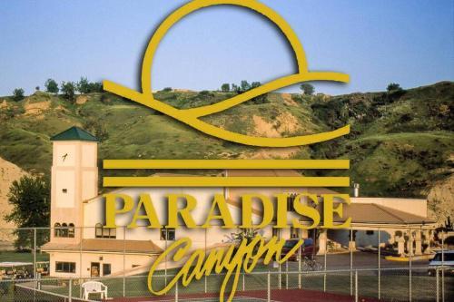 Paradise Canyon Golf Resort Signature Walkout Condo 380 - Lethbridge, AB T1K 6V2
