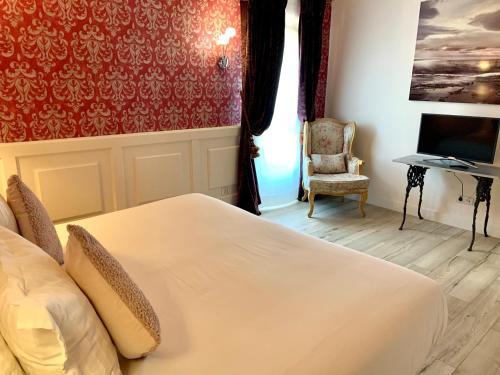 Suite Junior con terraza Palacio Torre de Ruesga 2