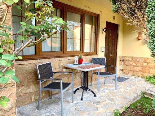 Suite Junior con terraza Palacio Torre de Ruesga 14