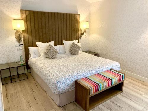 Suite Junior con terraza Palacio Torre de Ruesga 15
