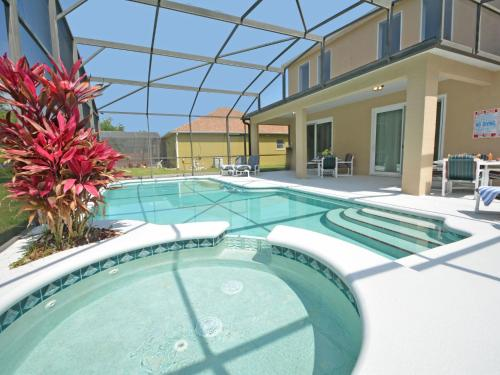Holiday Home Coral Vine - image 1