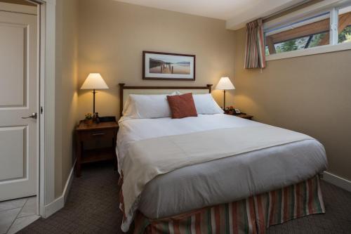 Summerland Waterfront Resort & Spa - Photo 5 of 59
