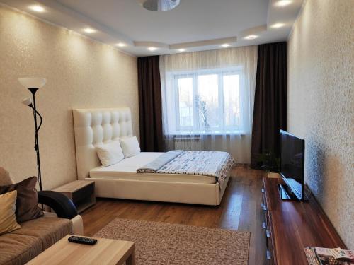 . Fresh Room: Apartment on Griboedova