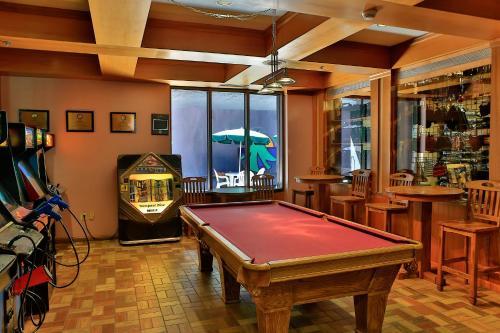 Tahoe Seasons Resort a VRI resort - Lake Tahoe, CA CA 96150