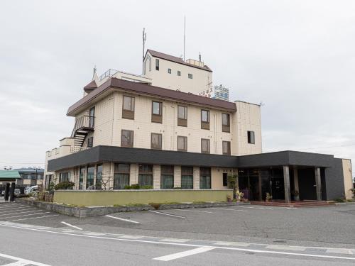 OYO HOTEL Kurama Hikone