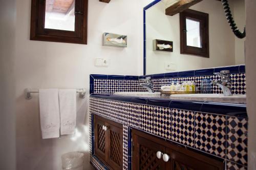 Habitación Deluxe con cama extragrande - Uso individual Cas Gasi 6