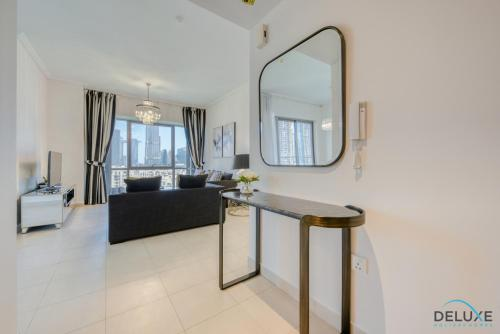 Exquisite Two Bedroom Apartment in South Ridge 4 by Deluxe Holiday Homes - image 6