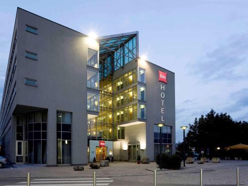 Ibis Linz City - Hotel - Linz