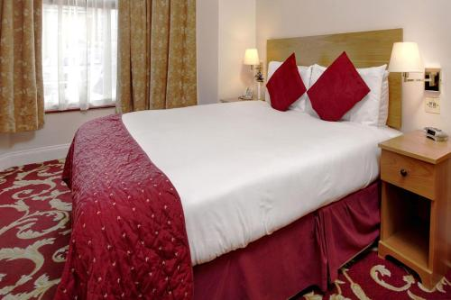 Best Western London Ilford Hotel - Photo 4 of 62