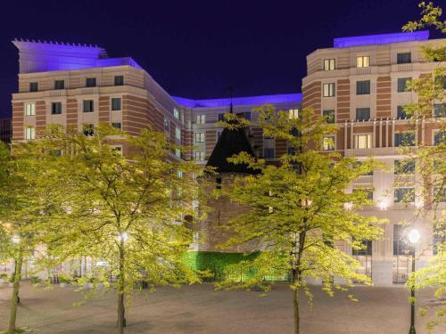 Novotel Brussels City Centre, Pension in Brüssel