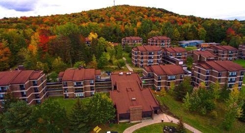 . Au Campus-Hébergement hôtelier Université de Sherbrooke