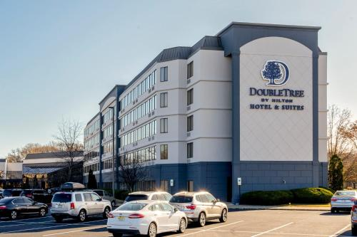DoubleTree By Hilton Fairfield Hotel & Suites