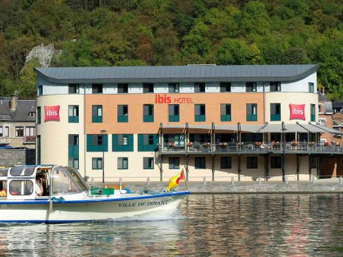 ibis Dinant Centre, Pension in Dinant