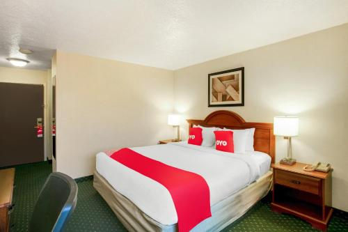 . OYO Hotel Spokane North