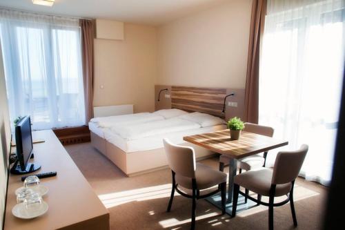 Hotel Monínec - Sedlec