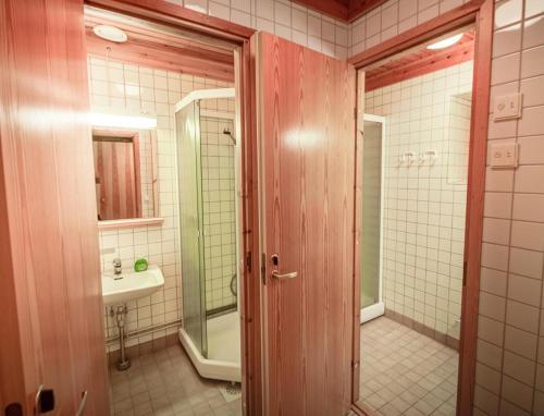 Quadruple Room with Shared Bathroom -62- Kaira
