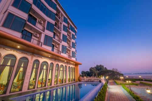 . Mekong Heritage Hotel