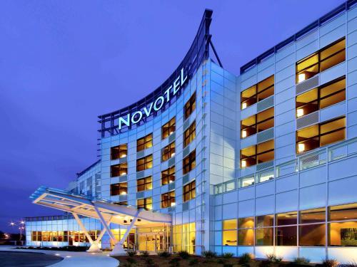 Novotel Montréal Aéroport - Hotel - Dorval