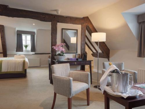 . Mercure Shrewsbury Albrighton Hall Hotel & Spa