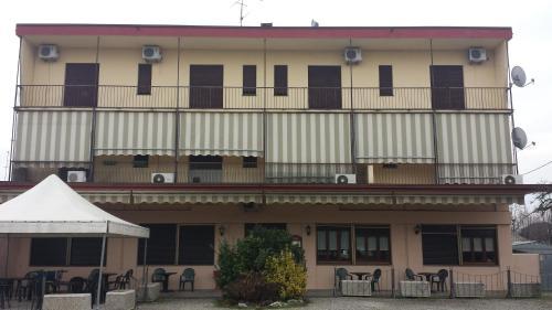 __{offers.Best_flights}__ Hotel Giardino