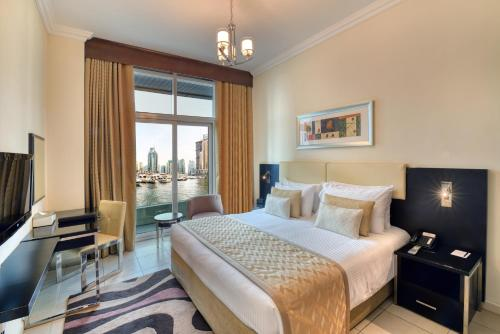 Deluxe One-Bedroom Apartment with Free Beach Transfer and 30% F&B Discount