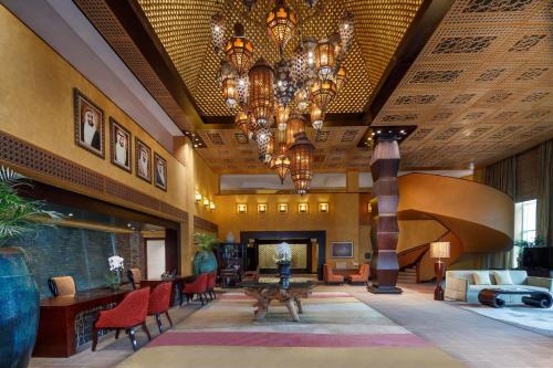 Anantara Desert Islands Resort & Spa - Photo 3 of 94