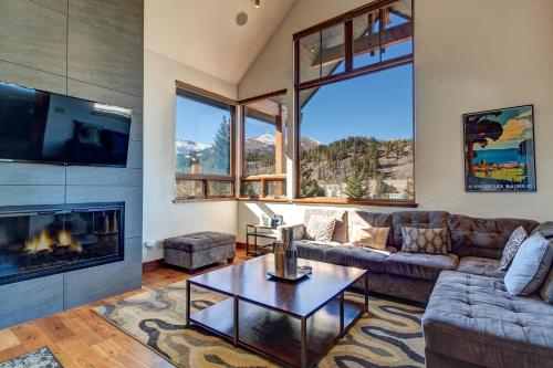 Stunning Mountain Home! Downtown! - Breckenridge