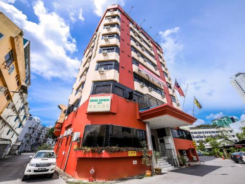 . OYO 1007 Grand Supreme Hotel