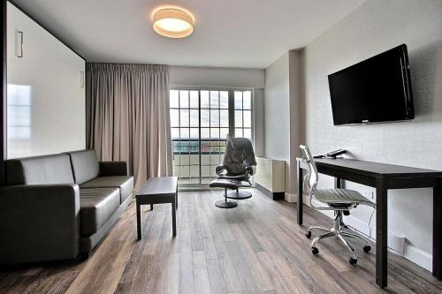 Hotel Classique - Photo 8 of 102