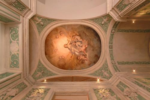 Residenza d'epoca, Piazza delle Vigne, 6, 16123 Genova, Italy.