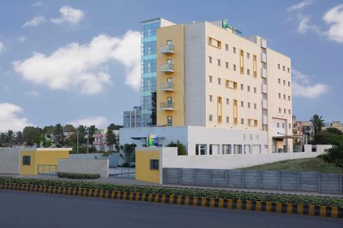 . Holiday Inn Express Nashik Indira Nagar, an IHG Hotel