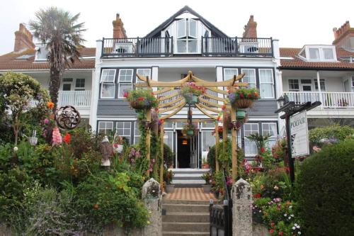 Poltair Guest House