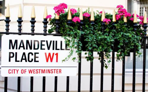 Mandeville Pl, London W1U 2BE, England.