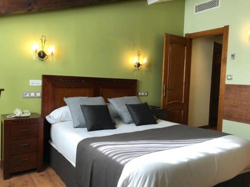 Doppel- oder Zweibettzimmer Hotel Spa San Marcos 10