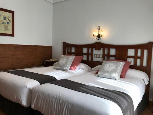Doppel- oder Zweibettzimmer Hotel Spa San Marcos 2