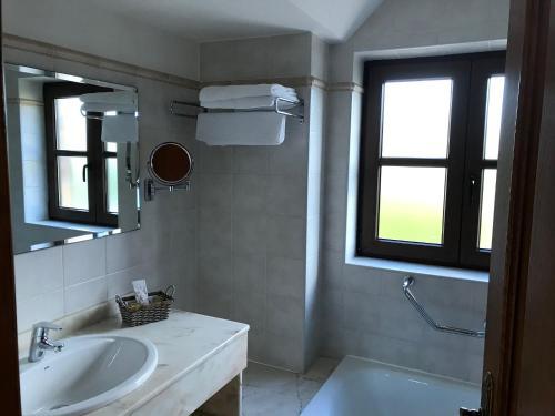 Doppel-/Zweibettzimmer mit Zugang zum Spa Hotel Spa San Marcos 6