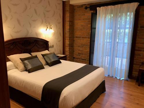 Standard Doppel- oder Zweibettzimmer mit Balkon Hotel Spa San Marcos 2